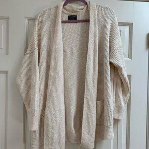 Abercrombie & Fitch Cream Cardigan Sweater